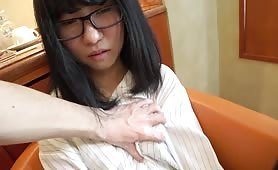 Nerdy Chinese girl sex at hotel 1